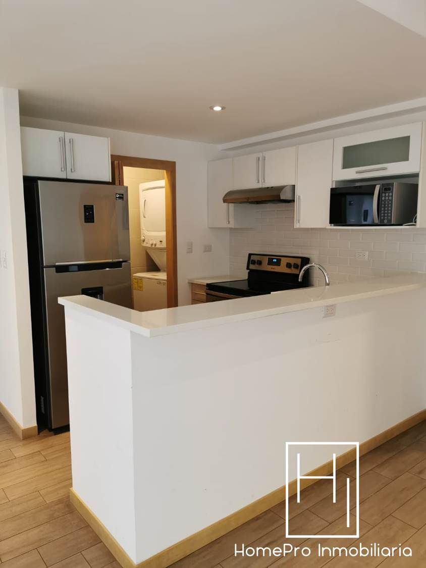 HomePro Inmobiliaria renta apartamento en zona 10