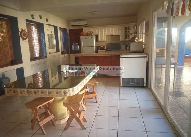 Casa Vacacional en Venta Puerto de San José, 3 Habitaciones, 250 m2, 606 v2, US$300,000