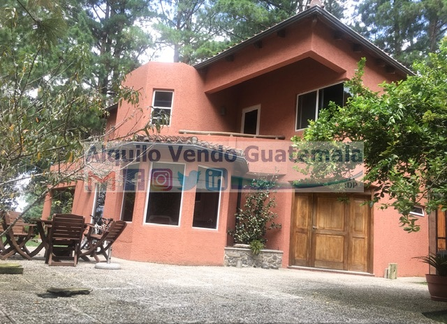 Dos Casas en Venta Zona 16, Kanajuyu II, 5 Habitaciones, 630 m2, US$995,000