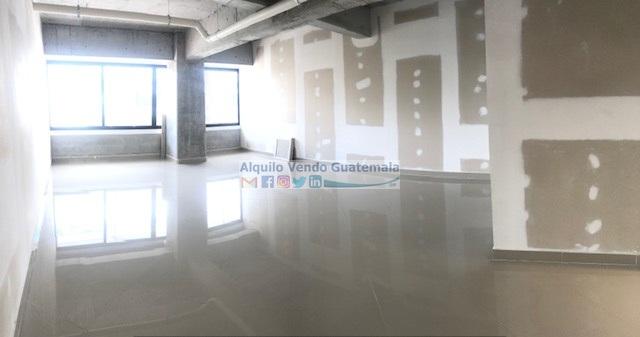 Clínica en Venta y Alquiler Zona 9, 1 Ambiente, 52 m2, US$130,000 / Q5,500