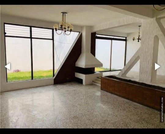 Casa en Venta Zona 10 Ciudad Guatemala