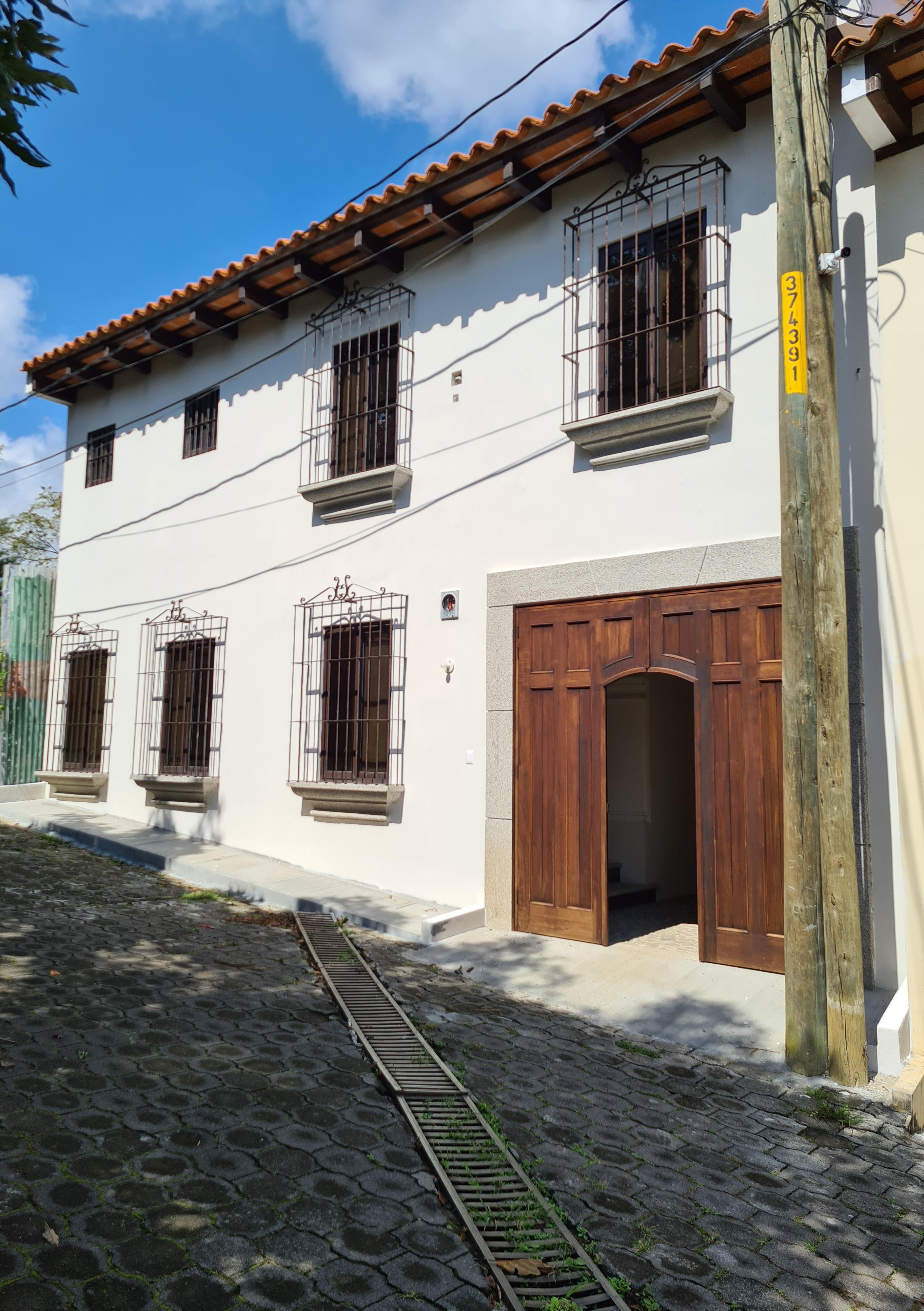Vendo casa para estrenar en san pedro el Alto, Antigua Guatemala