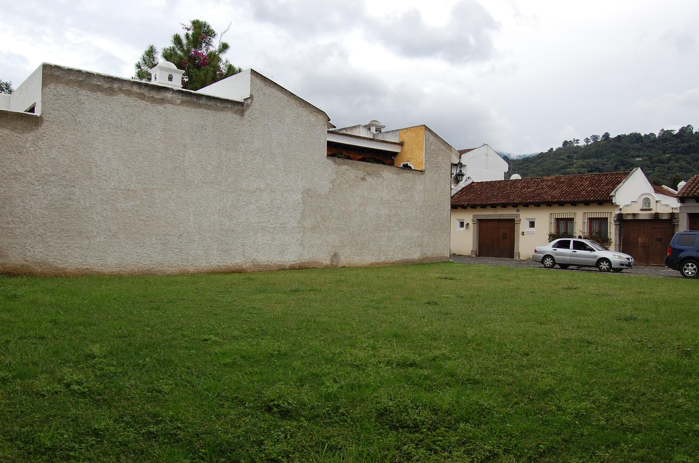 CityMax Antigua vende terreno en exclusivo residencial de Antigua Guatemala