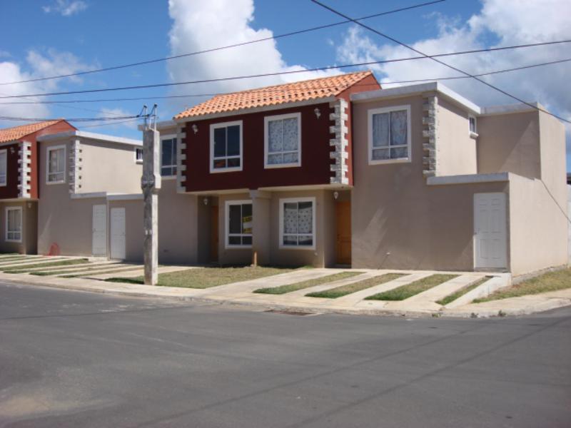 CityMax Antigua vende casa en residencial de San José Pinula