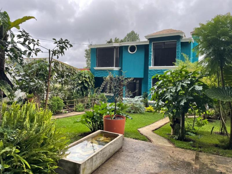 CityMax Antigua renta casa en Los Alpes de San Lucas