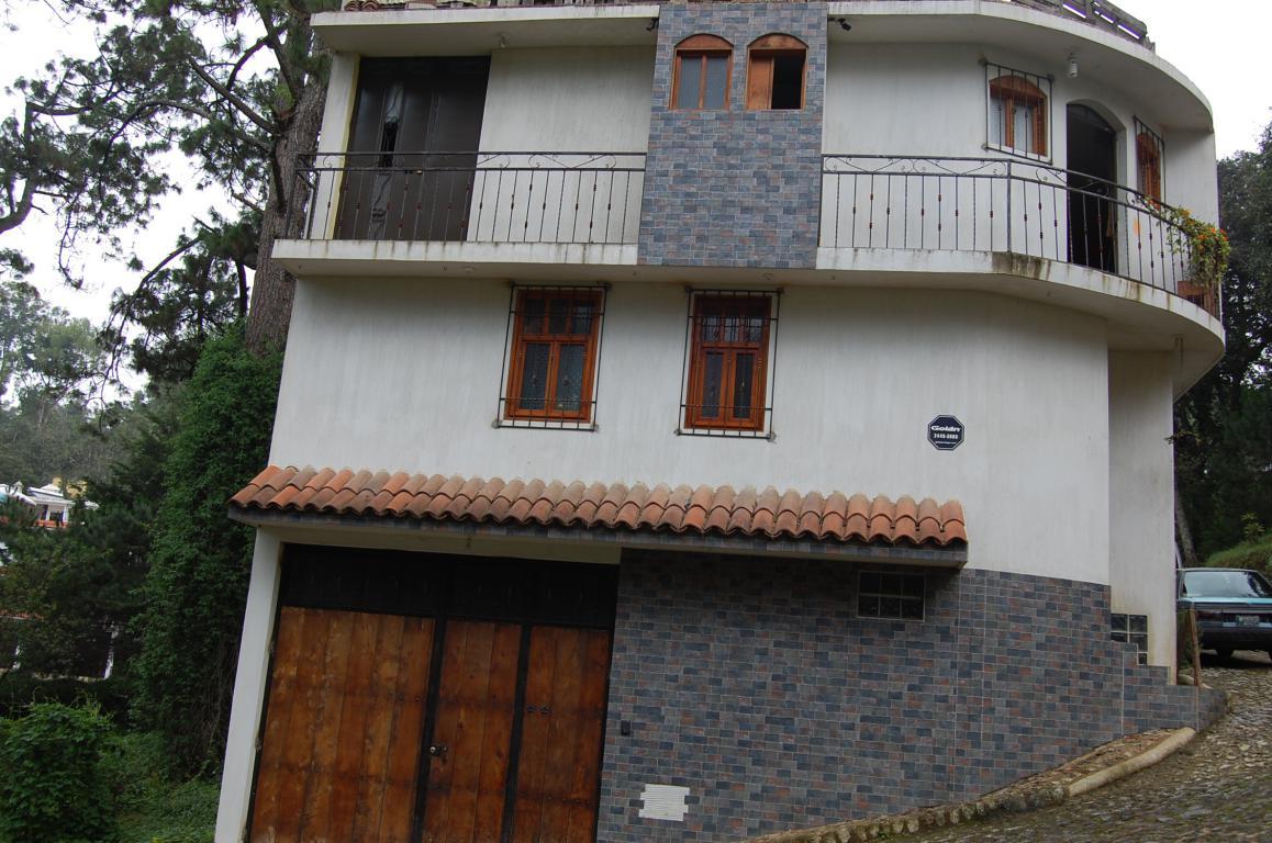 CityMax Antigua vende casa en residencial de Santiago Sacatepéquez