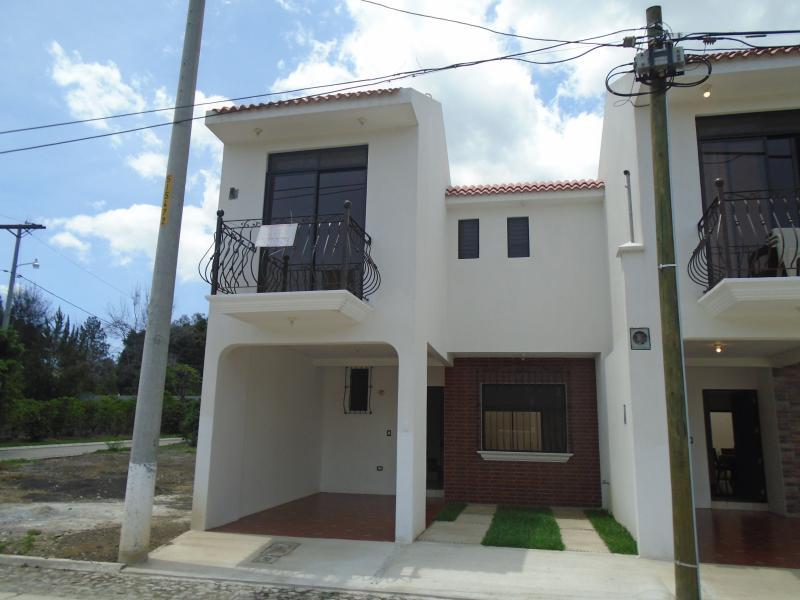 CityMax Antigua vende casa en residencial de Antigua Guatemala