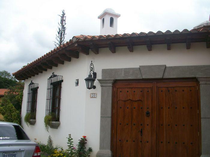 CityMax Antigua renta casa amueblada en residencial de Antigua G
