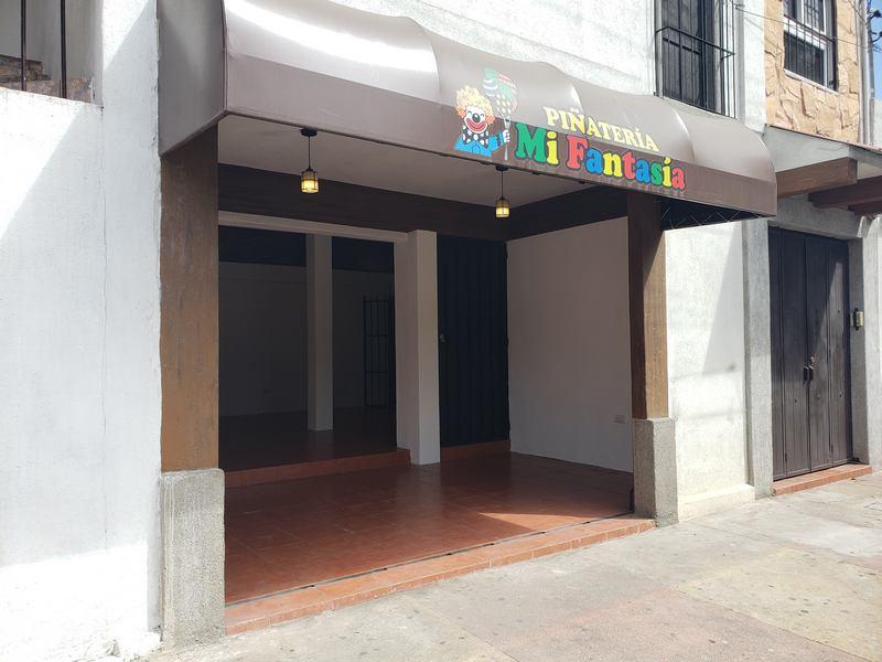 cityMax Mix Renta Local Comercial en Anillo Periférico Zona 7