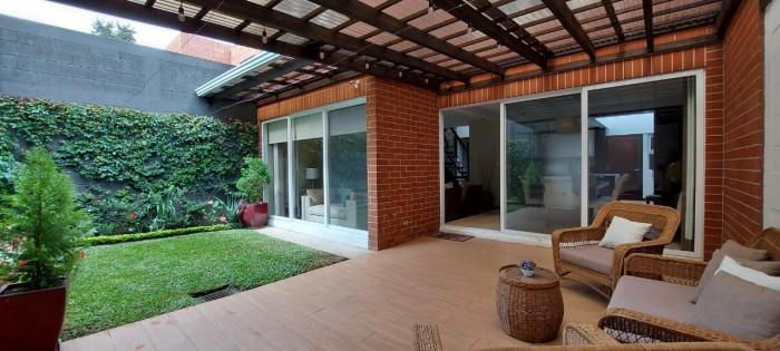 Casa en Condominio en Venta en Zona 16 Guatemala