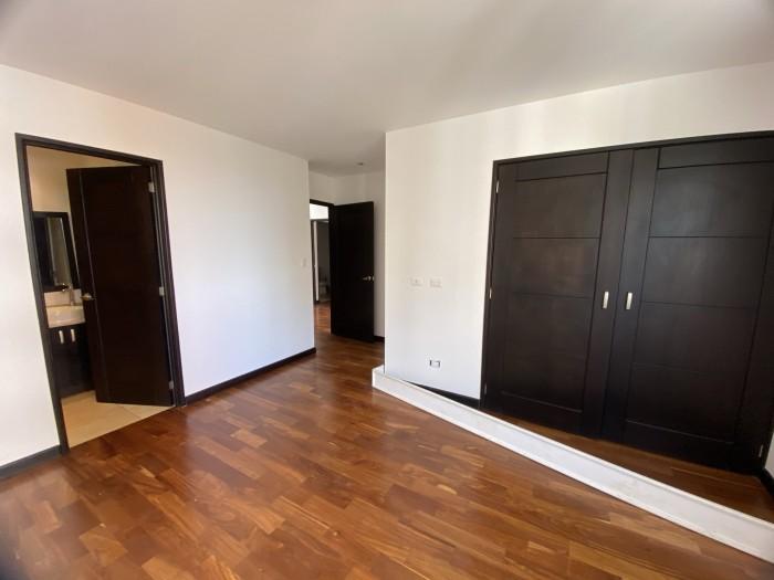 Apartamento en Renta en Z10 a Pasos de La Estación