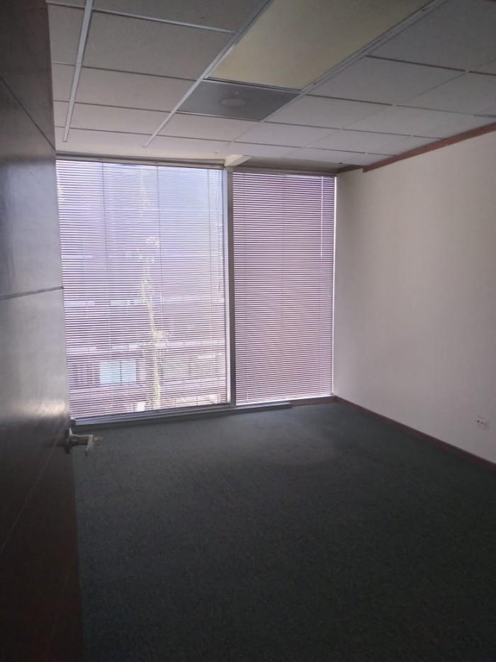 Oficina en Renta en Edificio zona 9 Guatemala Renta
