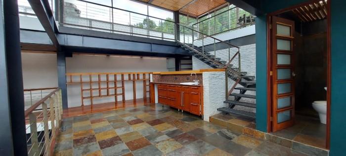 Residencia exclusiva en Venta en Zona 16 Guatemala