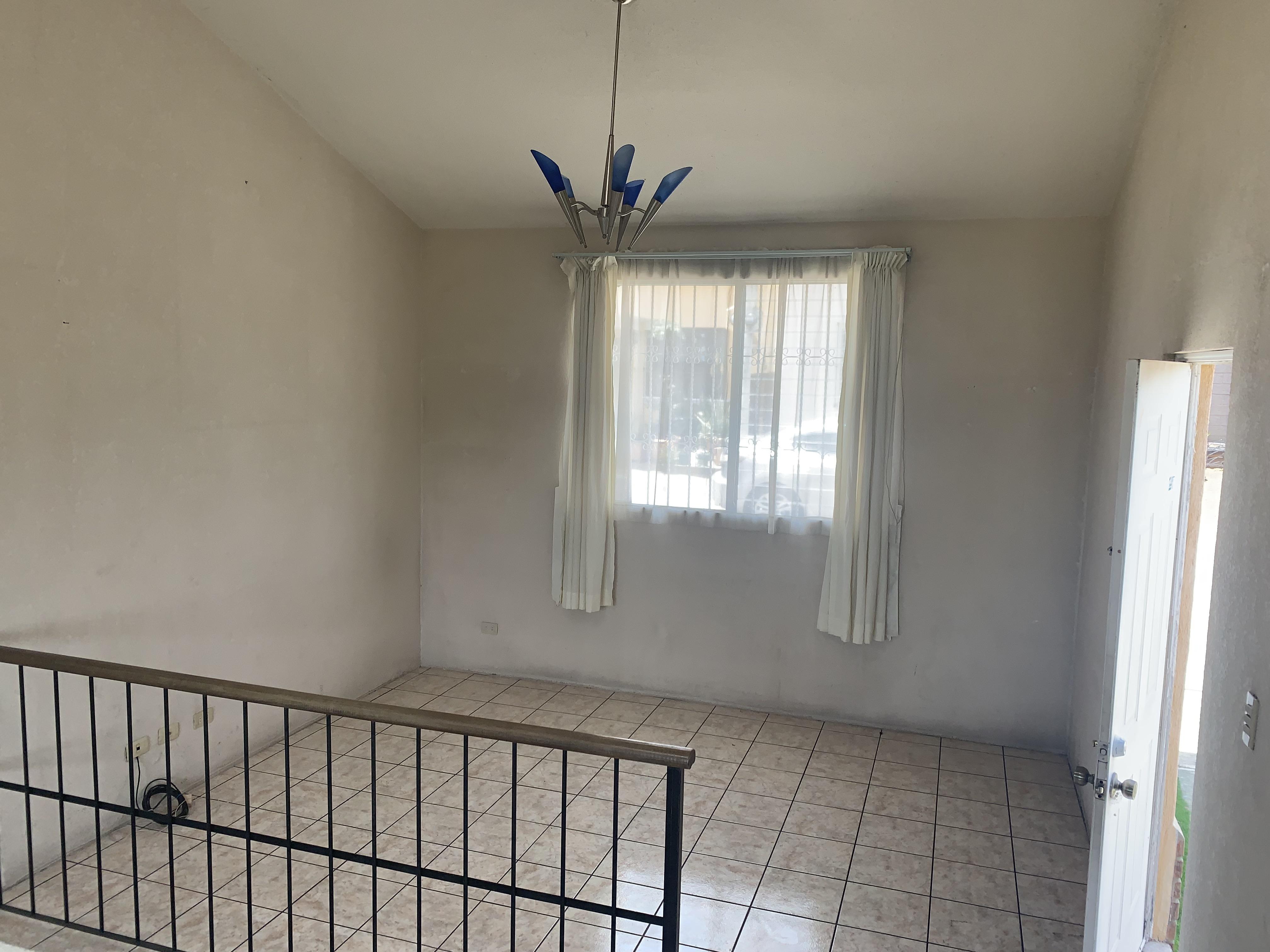 Rento Preciosa casa grande dentro de residencial en Zona 12 Petapa EXCELENTE UBICACIÓN!