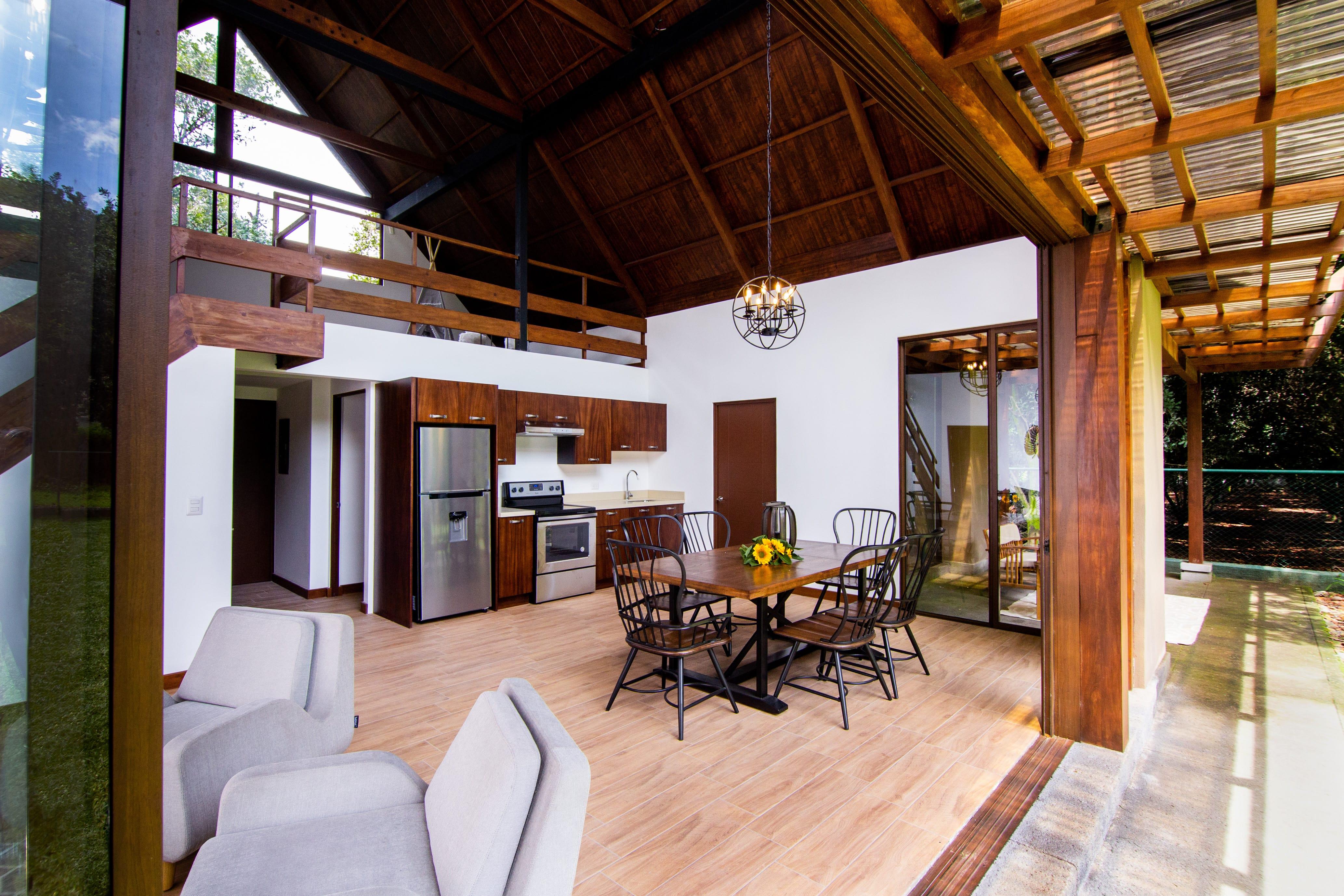 Exclusiva casa en venta en Precioso residencial de San Miguel Dueñas