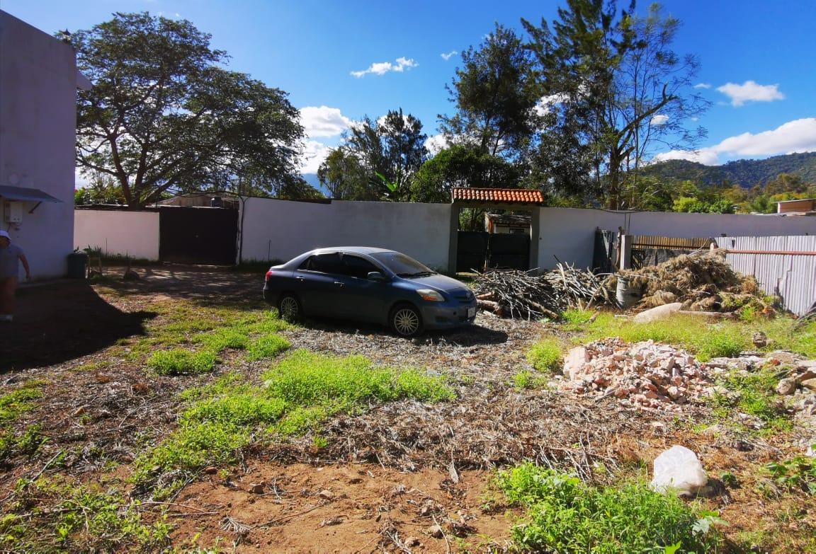 Amplio Terreno en venta en Antigua Guatemala *Excelente ubicación*