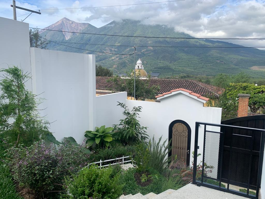 GANGA! Hermosa casa a 15 minutos de Antigua