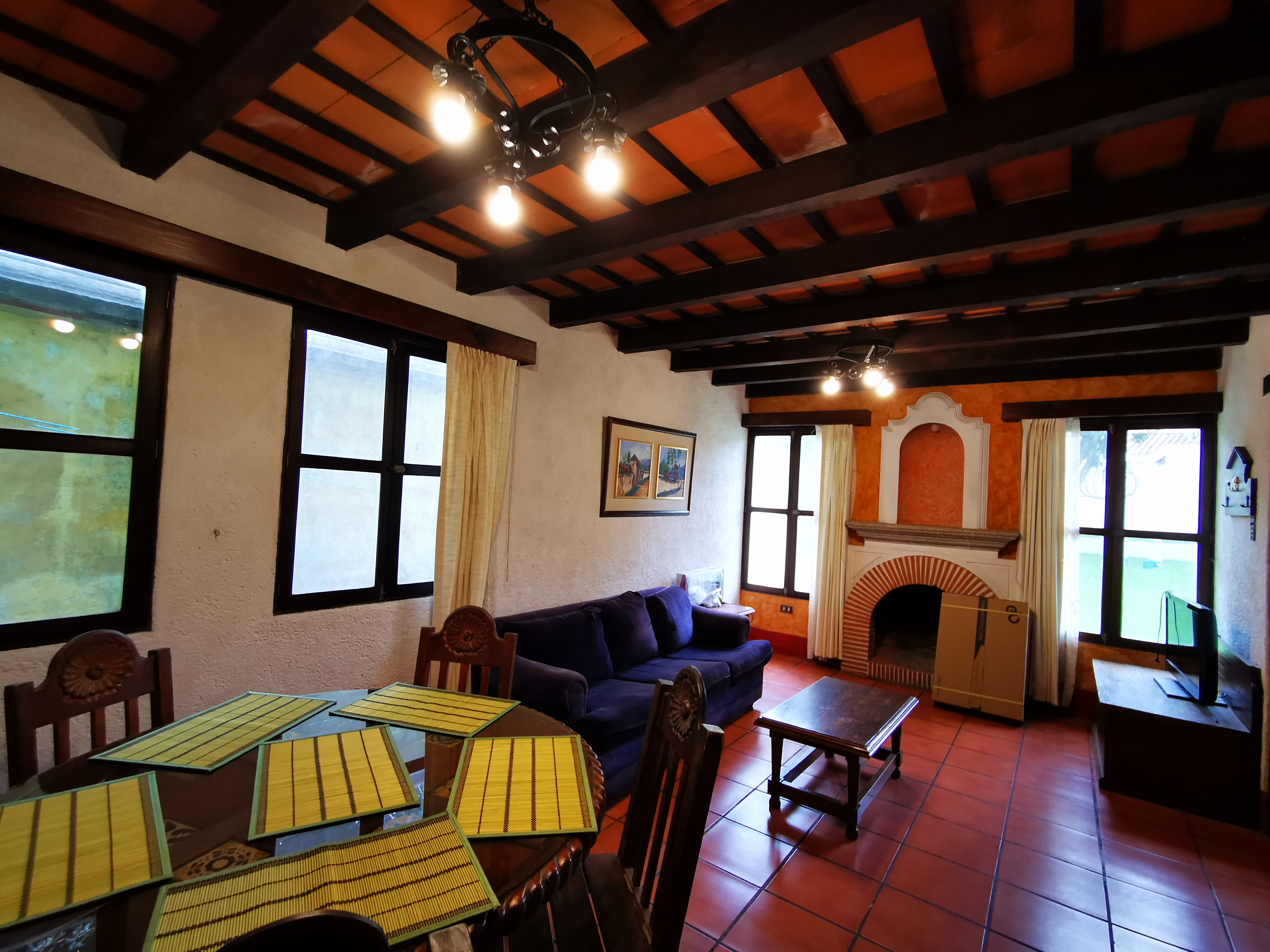 Alquilo linda casa en exclusivo condominio  en el centro de Antigua Guatemala