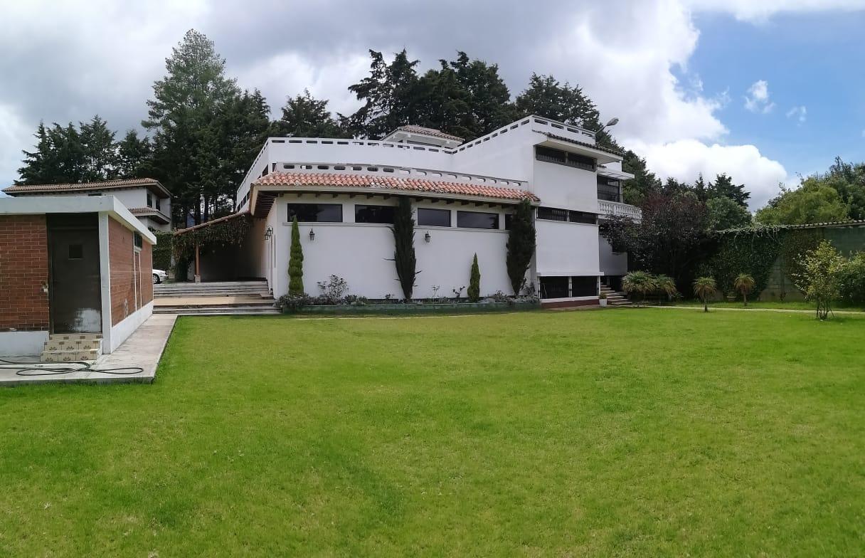 Hermosa casa en renta en San Lucas Sacatepéquez