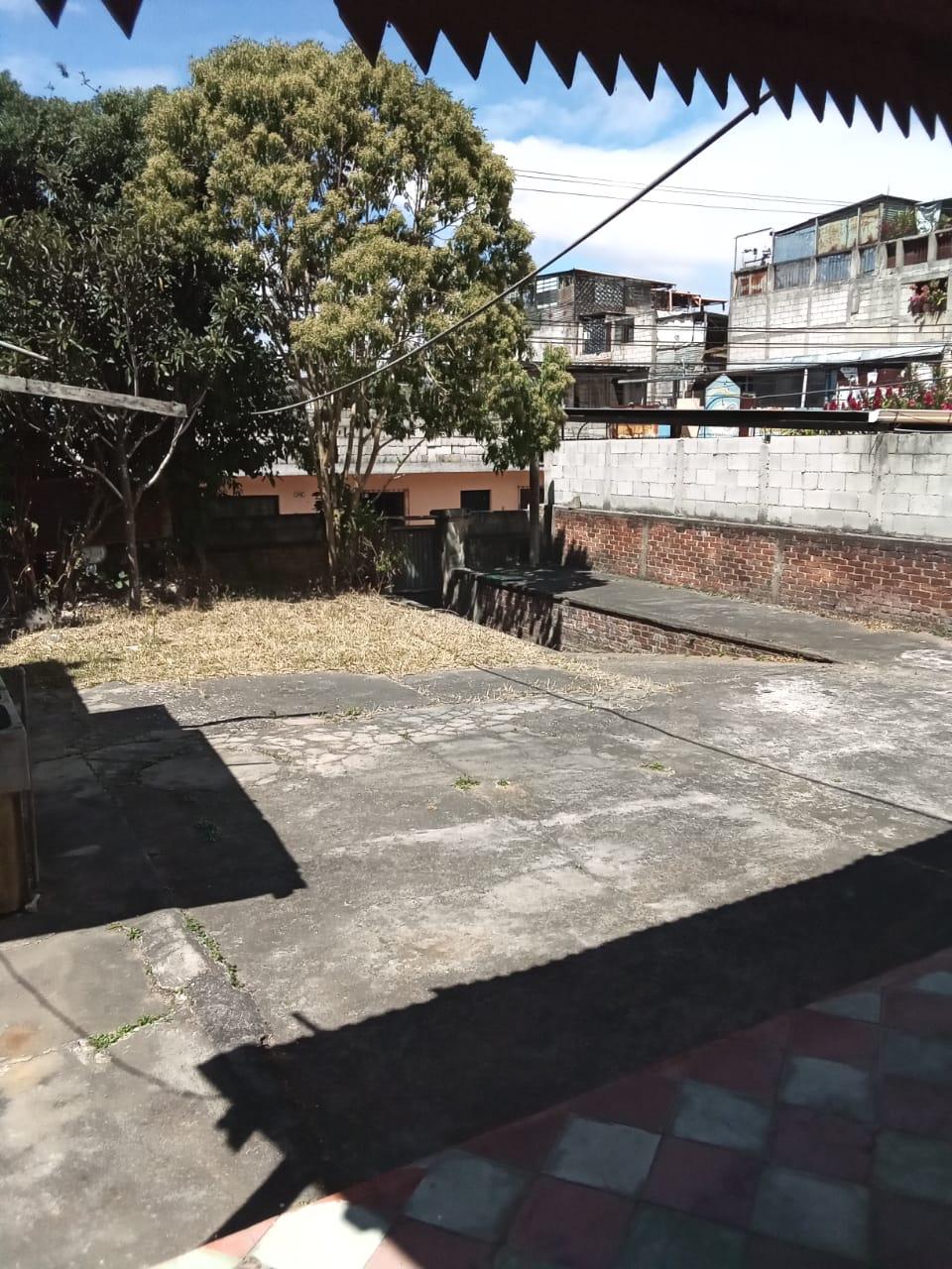 VENTA Terreno en Centro de Santa Catarina Pinula