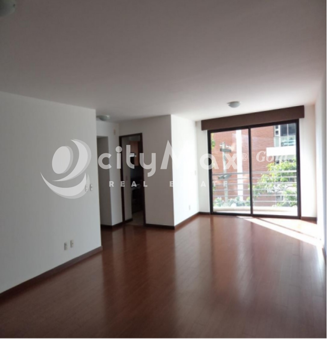 Apartamento en Renta zona 14.