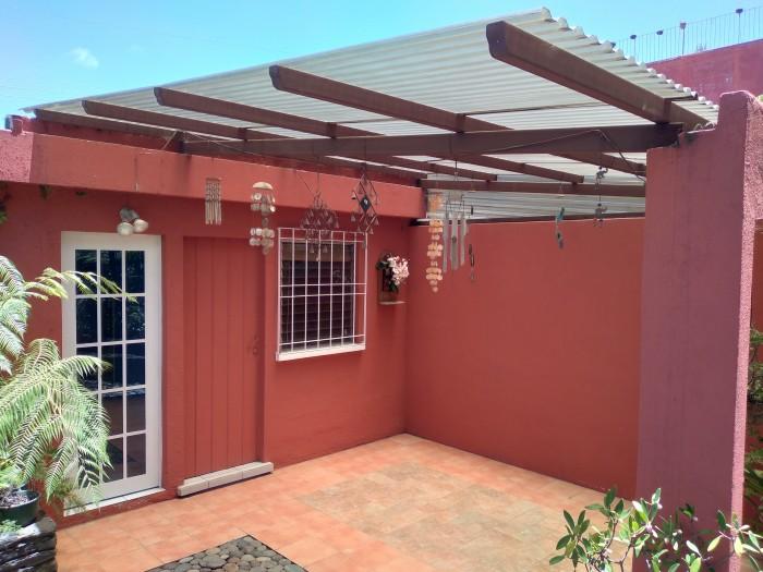 Casa en venta en zona 8 de Mixco San Cristobal