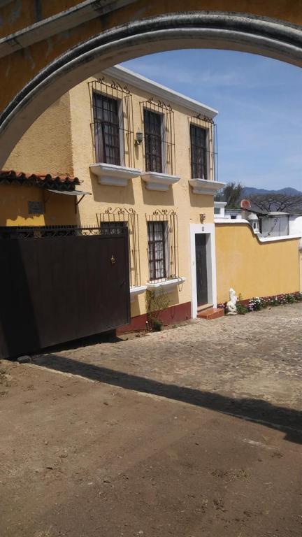 Citymax Antigua Casa venta-renta amueblada San Juan El Obispo