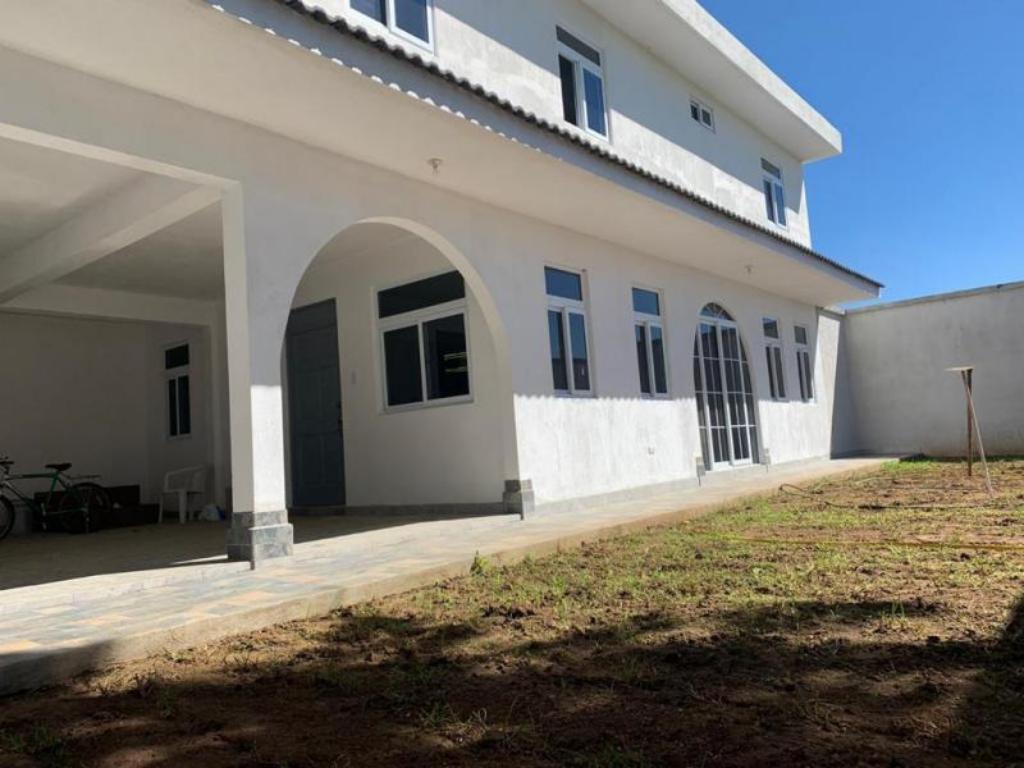 CityMax Antigua Hermosa casa venta Z. 8 Mixco