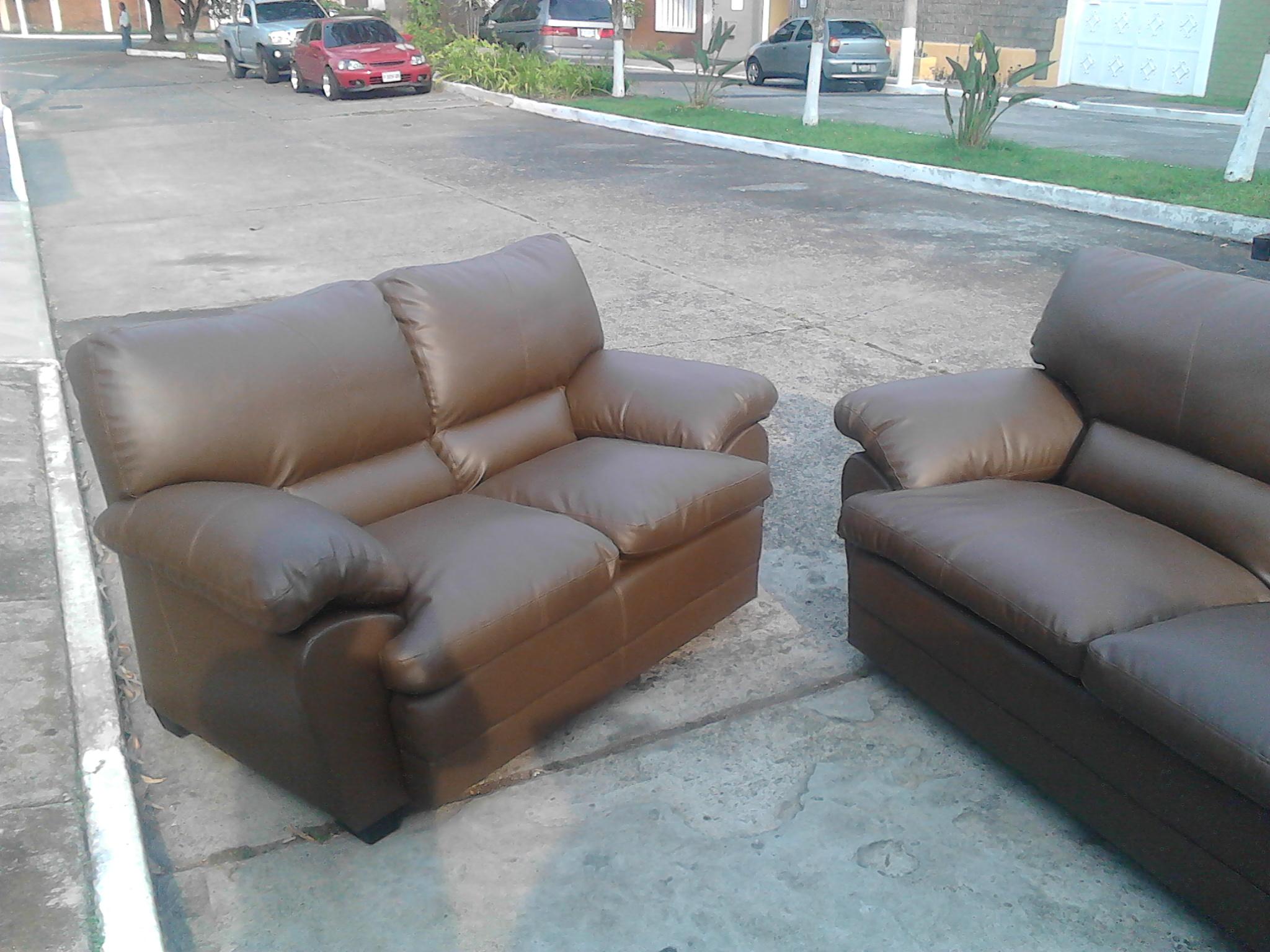 La tapiceria, reparaciones, en muebles de sala, sillas de oficina, tapiceria de carros