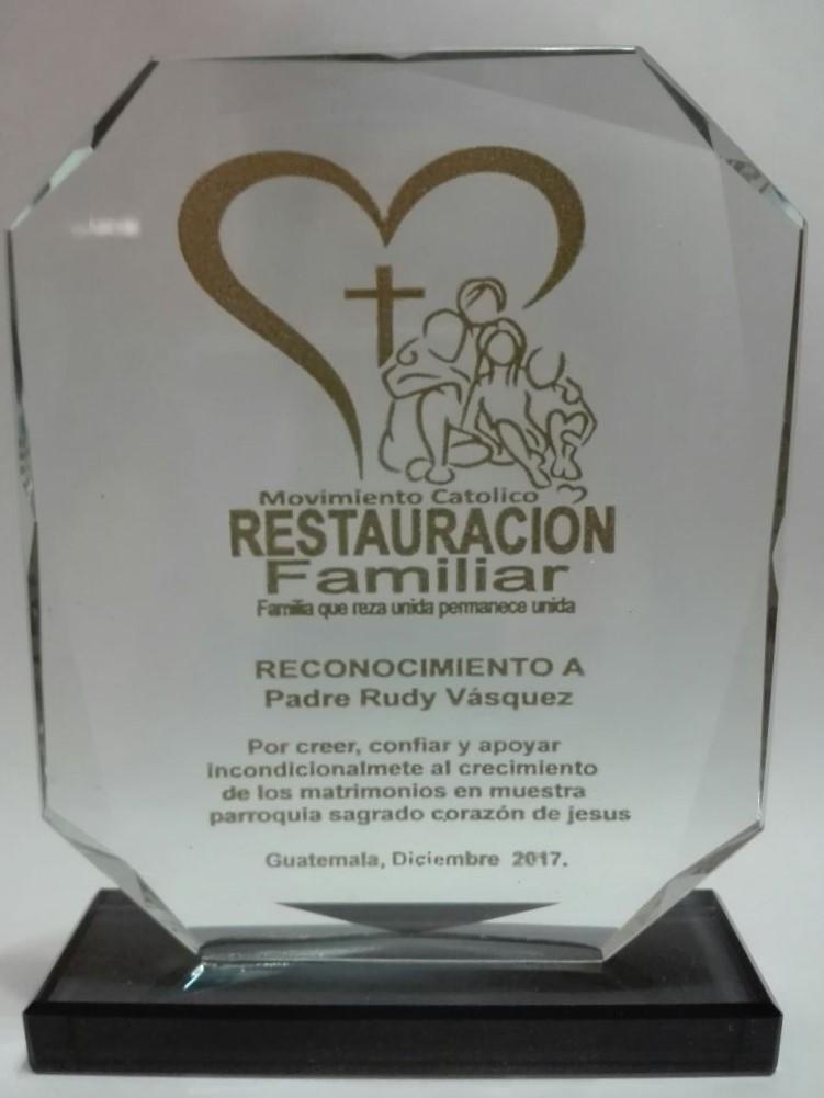 PLACAS DE RECONOCIMIENTO IMPRESAS/PERSONALIZADAS EN GUATEMALA