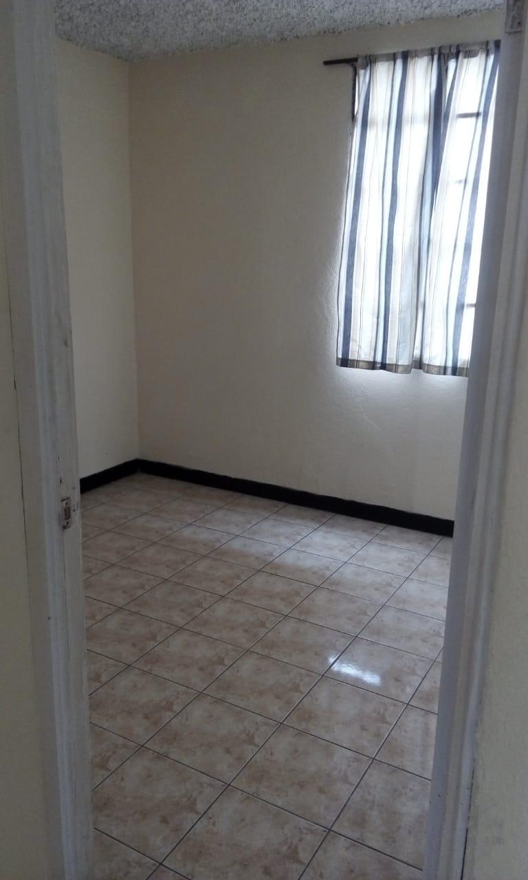 Se renta dormitorio en zona 15