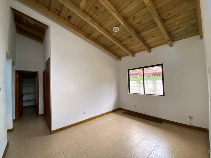 Citymax Gold Renta Casa en Zona 16