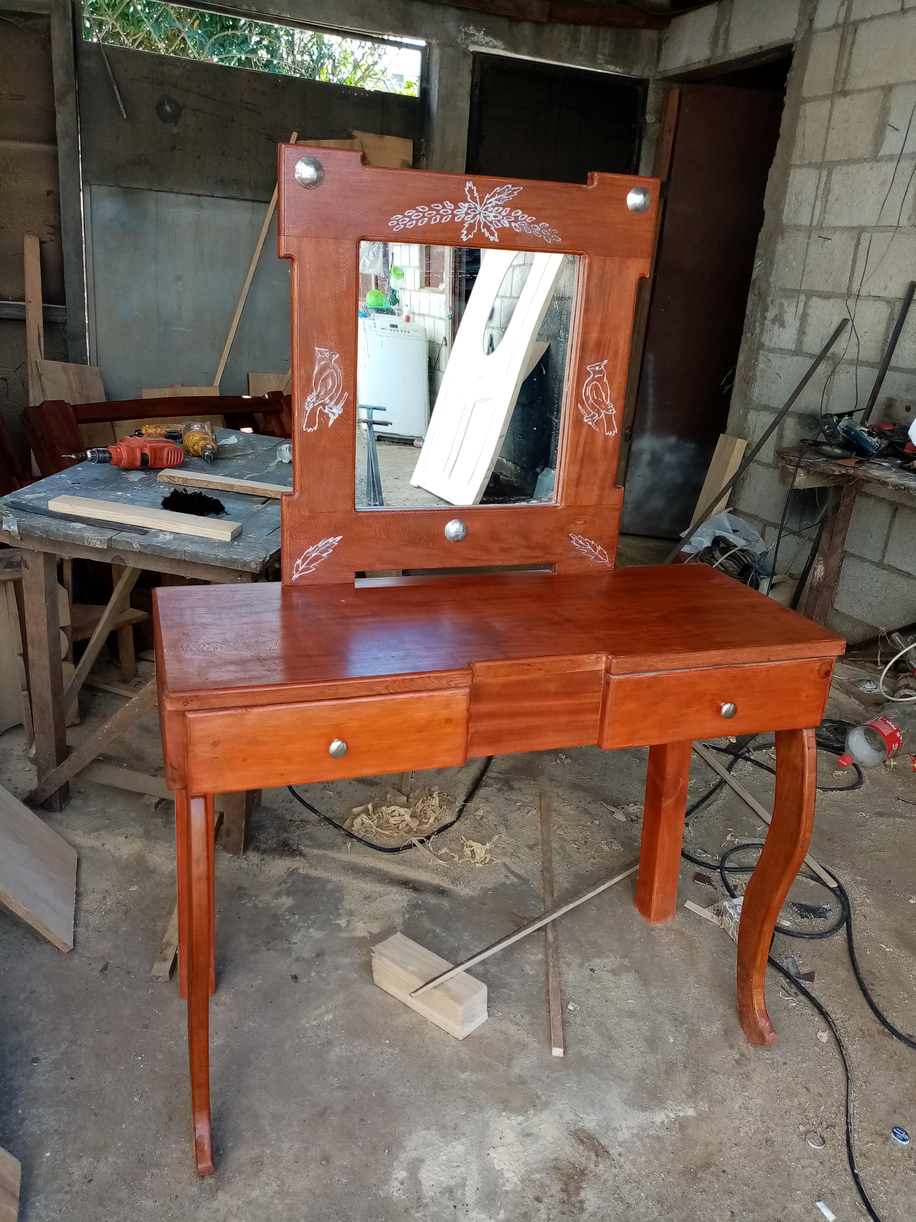 Mueble tocador listo para la venta